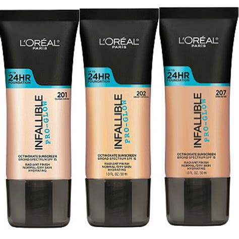 L'OREAL INFALLIBLE PRO-GLOW 24HR FOUNDATION NEW & SEALED