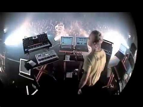 The Prodigy - Breathe - Live in Tokyo in 2008 - YouTube