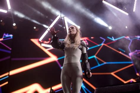 ionnalee; EVERYONE AFRAID TO BE FORGOTTEN - 2018 world