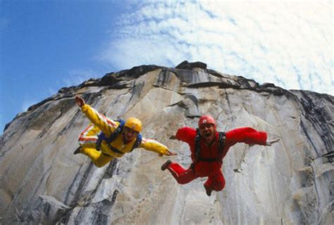 BASE jumping: the thrills and the dangers | Toronto Star