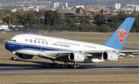 Two Indian airlines among world's most dangerous - Rediff