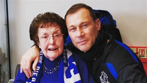 PHOTO: Roses are Blue! Everton Treat Lifelong Fan to